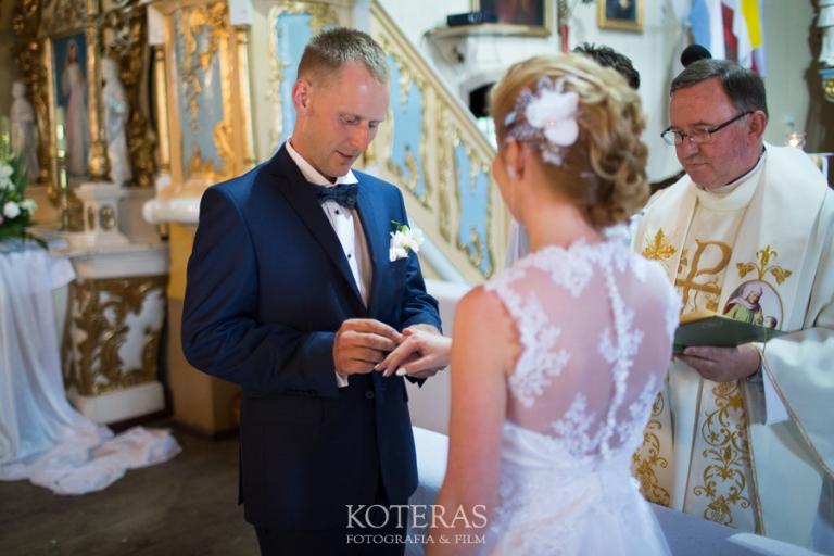 Natalia & Tomasz 23 0N2A2905 pp w768 h512