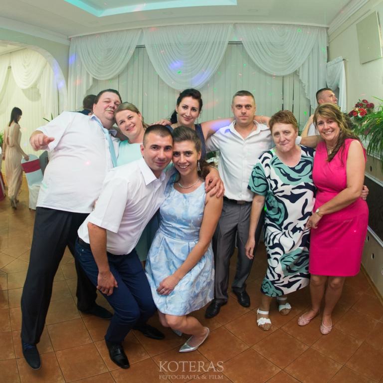 094_0N2A9896  Ania & Artur 094 0N2A9896 pp w768 h768